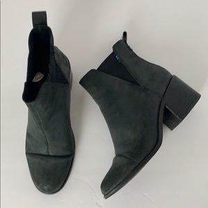 TOMS Ankle Boot Sz 7 Olive EUC